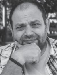 Блогърът Константин Петров с поетичен дебют