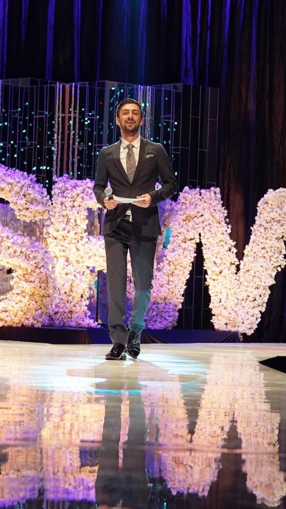 Теодор Тодоров като водещ на седмицата на модата в София през 2018