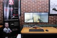 Philips и AOC демонстрираха еволюцията при мониторите