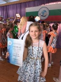 8-годишна варненска певица със златни медали е откритието на Морските Оскари